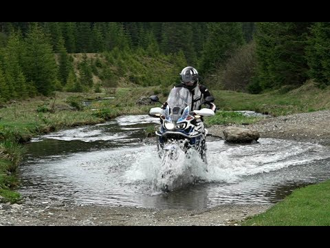 2018 Africa Twin Adventure Sports | First Review