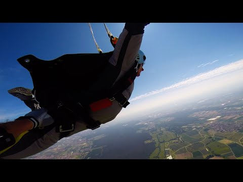 GoPro: Extreme Sports (Skydiving, Bouldering, Parkour & more)